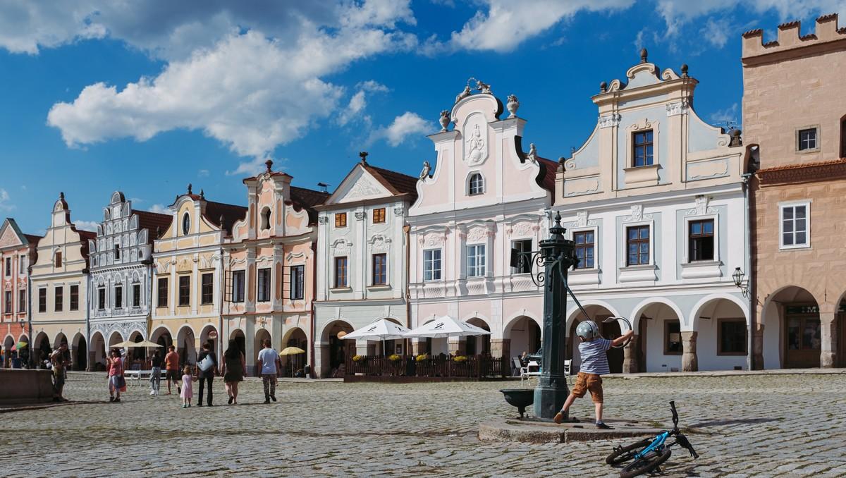 Město Telč, kde se nachází stejnojmenný Státní zámek Telč.